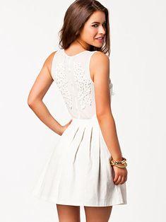 Emb Mesh Back Dress - Rare London - Vit - Festklänningar - Kläder - Kvinna - Nelly.com