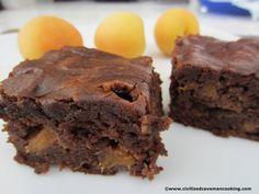 Floureless Apricot Brownies #glutenfree #grainfree #paleo paleo dessert peach