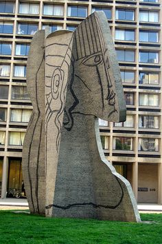 NYU NYC || Picasso sculpture at Silver Towers ✏✏✏✏✏✏✏✏✏✏✏✏✏✏✏✏  ARTS ET PEINTURES - ARTS AND PAINTINGS  ☞ https://fr.pinterest.com/JeanfbJf/pin-peintres-painters-index/ ══════════════════════  Gᴀʙʏ﹣Fᴇ́ᴇʀɪᴇ BIJOUX  ☞ https://fr.pinterest.com/JeanfbJf/pin-index-bijoux-de-gaby-f%C3%A9erie-par-barbier-j-f/ ✏✏✏✏✏✏✏✏✏✏✏✏✏✏✏✏