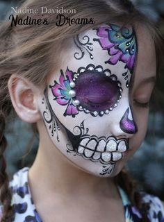 Sugar Skull Face Paint #sugarskullfscepaint #sugarskull #halloweenfacepaint #dayofthedeadfacepaint #facepainting #skullfacepaint #halfsugarskull