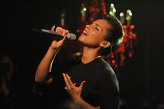 """When I'm on stage, my interaction with the audience is something that really makes me come alive."" - Alicia Keys"