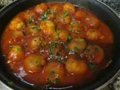 Albóndigas de pollo en salsa napolitana                                                                                                                                                                                 Más