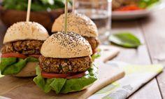 Vegetarian cuisine: vegetarian recipes for children. Mushroom Veggie Burger, Veggie Burgers, Burger Recipes, Vegetarian Recipes, Healthy Beans, Ways To Eat Healthy, Healthy Food, Bean Burger, Salads