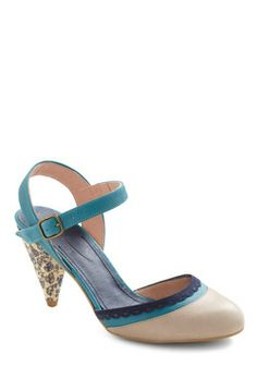 Tea-l For two Heel
