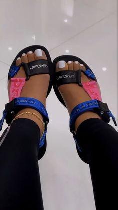 Cute Sneakers, Shoes Sneakers, Sneaker Heels, Cute Sandals, Shoes Sandals, Flats, Sneakers Fashion, Fashion Shoes, Fashion Fashion