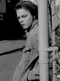 Charlie Heaton Stranger Things' Jonathan Byers Jacket Levi's Made & Crafted. Photography Matt Jones i-D Stranger Things Jonathan, Watch Stranger Things, Stranger Things Have Happened, Natalie Dyer, Jonathan Byers, Joe Keery, Teddy Boys, Cute Little Baby, About Time Movie