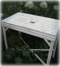 modge podge a table top
