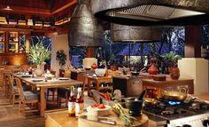 Four Seasons.tented camp Chiang Rai | ... Achados | Viagem | Thailândia CRÉDITOS: Chiang Mai - Wat Phra Sing