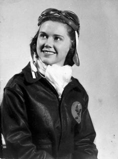 WASP pilot Susie Winston Bain Avenger Field Sweetwater Texas United States May Ww2 Women, Military Women, Military History, Female Pilot, Female Soldier, History Online, Women In History, Ancient History, Victor Hugo