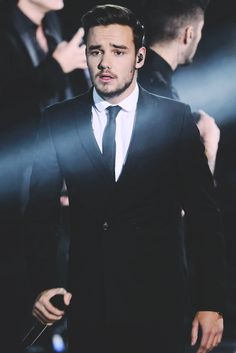 LIAM !!!  looking like a God and making my ovaries explode!!!