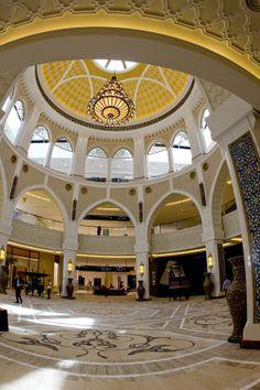 Dubai, UAE - Mall of the Emirates
