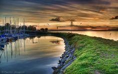 Sunrise on Lake Trasimeno by Giuseppe Peppoloni  https://www.google.com/reader/view/?