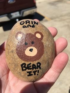 Grin & Bear It rock Painted Rock Animals, Painted Rocks Craft, Hand Painted Rocks, Painted Stones, Rock Painting Patterns, Rock Painting Ideas Easy, Rock Painting Designs, Pebble Painting, Pebble Art