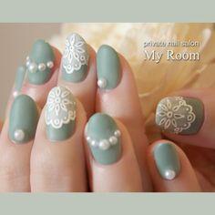 Lace design nails