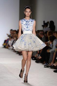 Giambattista Valli: Runway - Paris Fashion Week Haute-Couture F/W 2013-2014