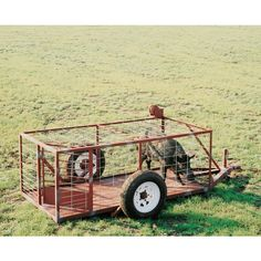 Our hog trap on wheels is designed with a continuous trapping feature to allow you to catch multiple hogs at once. Heavy duty construction makes this trap durable against even the largest hogs. Featur