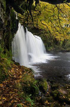 Sgwd y Ddwli waterfall, Brecon Beacons, Wales.byJ R Oliver