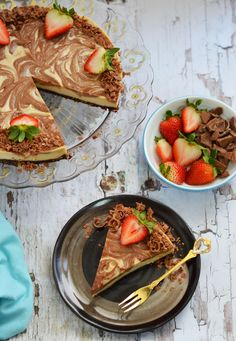 Raw chocolate swirl cheesecake! Better than the real deal!