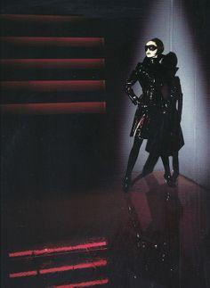 """lelaid: """"Shot by Thierry Mugler for Thierry Mugler F/W 1996 """" Latex Fashion, Dark Fashion, 80s Fashion, Couture Fashion, Fashion Art, Editorial Fashion, Fashion Design, Couture Style, Thierry Mugler"""