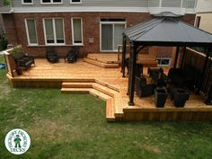 Are you thinking of how to build outdoor deck plans to beautify your outdoor living spaces? I have here how to build outdoor deck plans living spaces ideas. Patio Deck Designs, Patio Design, Small Deck Designs, Above Ground Pool, In Ground Pools, Backyard Patio, Backyard Landscaping, Landscaping Ideas, Small Backyard Decks