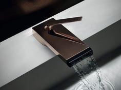 Armatur für Bad mit ergonomischem Griff und innovativem Design