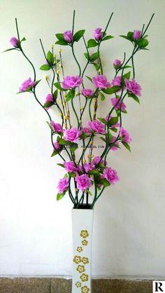 380061656037345793 Paper Flower Art, Paper Flowers Diy, Handmade Flowers, Flower Crafts, Fabric Flowers, Nylon Flowers, Big Flowers, Felt Flowers, Beaded Flowers