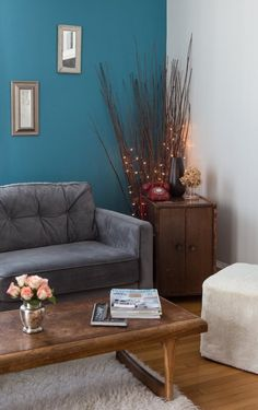 Lara's Warm & Welcoming Newport Apartment — House Tour