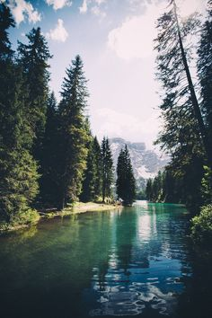 I would love to canoe here