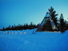 Kakslauttanen Hotel and Igloo Village in Kakslauttanen Finland : Unusual & Unique Hotels of the Wor Places To Travel, Travel Destinations, Places To Visit, Igloo Village, Unusual Hotels, Amazing Hotels, Finland Travel, Arctic Circle, Great Hotel