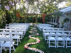 Outdoor ceremony  www.themagnoliaterrace.com #weddingdecor #weddingisle #weddinginspo #weddingvenue