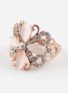 Gold Hollow Diamond Flower Ring