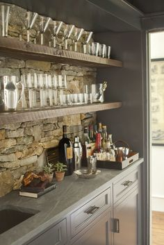 Gray granite and cabinetry_Small step detail