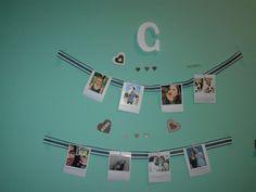 Fácil i rápido decora tu habitación con fotos a tu gusto !! No olvides seguirme para más.