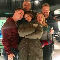 """Arrow cast - Colton Haynes is back! << episode 15 guys a """"short arc"""" *muffled screaming* *bursts into coughing fit* *blows nose*"""