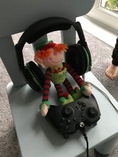 The Elf, Baby Car Seats, Bob, Children, Young Children, Boys, Bob Cuts, Child, Kids