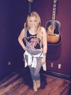 Lauren Alaina (March 2015)