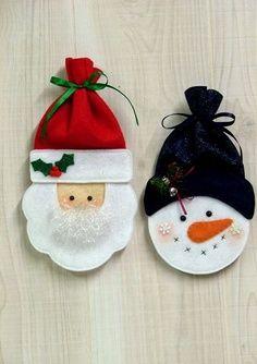 me ~ Felt Santa & Snowman Treat Bags / christmas xmas ideas - Juxtapost Felt Christmas Ornaments, Christmas Bags, Christmas Projects, Felt Projects, Santa Christmas, Christmas Trees, Felt Crafts, Holiday Crafts, Wood Crafts