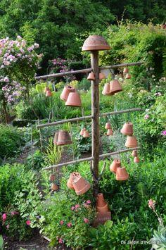 épouvantails ,jardin,roses 006.JPG                                                                                                                                                                                 Plus