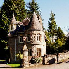 Gatehouse, Atholl Palace Hotel, Pitlochry, Scotland.