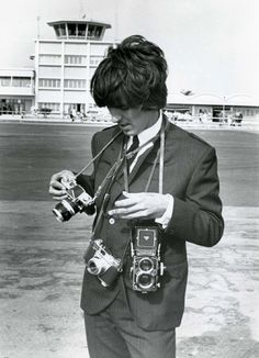 George Harrison with the Nikon F, Kodak Retina IIS and Rolleiflex