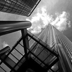 Towering Canary Wharf #photo #photooftheday #photography #monochrome #london #canarywharf #lovelondonuk by richard_boo_gladstone