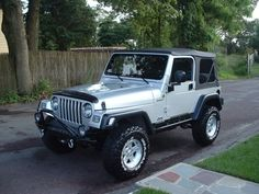 Jeep Wrangler Discover Look at my new car! I say new technically used but its new to me! Jeep Wrangler Silver, Silver Jeep, Jeep Sport, Jeep Wrangler Sport, Jeep Wheels And Tires, 2006 Jeep Wrangler Unlimited, Jeep Cj7, Jeep Jeep, Jeep Truck
