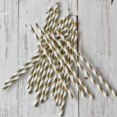 Gold & white retro paper straws