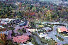 1972 COLOR SLIDE 861 OH King's Island Amusement Park Rivertown View