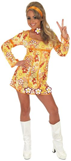Hippie Dress Costume: Bring back the swinging with this sexy Hippie Fancy Dress Costume. This costume is certain to transform you into a free spir 60s And 70s Fashion, 60 Fashion, Fashion History, Retro Fashion, Vintage Fashion, 1960s Fashion Hippie, Hallowen Costume, 60s Costume, Costume Parties