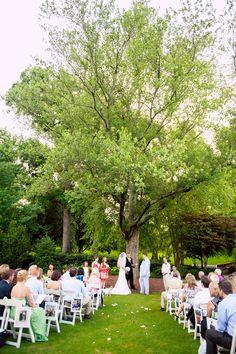What a #lovley #weddingceremony #location: #Piedmontpark in #Atlanta! ::Kelley + John's family-centric summer wedding at Piedmont Park in Atlanta, Georgia:: #outdoorwedding #ceremonyideas