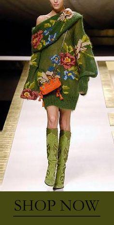 Kenzo Fall 2006 Ready-to-Wear Fashion Show Collection: See the complete Kenzo Fall 2006 Ready-to-Wear collection. Look 16 Knit Fashion, Look Fashion, Fashion Show, Womens Fashion, Fashion Design, Fashion Trends, Paris Fashion, 80s Fashion, High Fashion