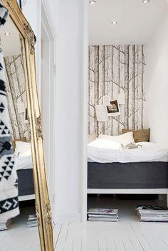 Small Spaces : Challenge of the Week Bedroom Nook, Bedroom Decor, Small Apartments, Small Spaces, Home Decor Lights, Scandinavian Interior Design, Living Spaces, Interior Decorating, Decorating Ideas