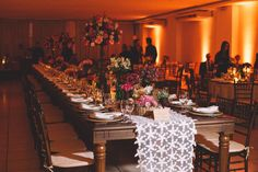 Wedding decor, mesa comunitária, casamento, padrinhos, família