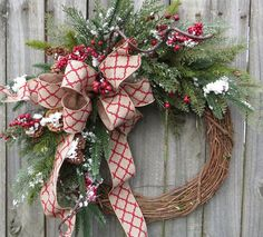 christmas wreath winter wreath cedar wreath with christmas quatrefoil linen very realistic berries and cedar christmas wreath etsy horns